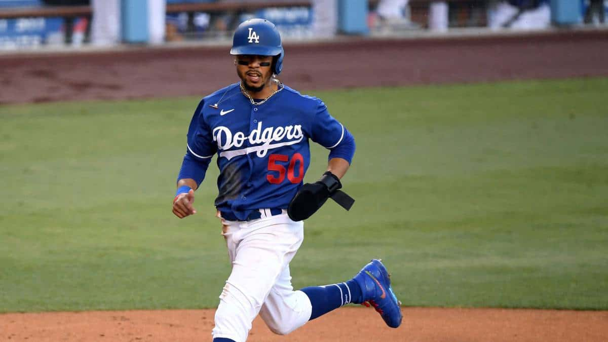 Mookie Betts and Dodgers close to multi-year deal