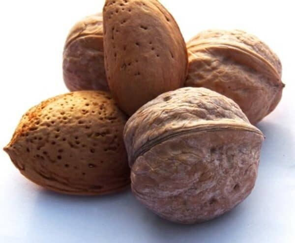 These Are The Lowest Calorie Nuts