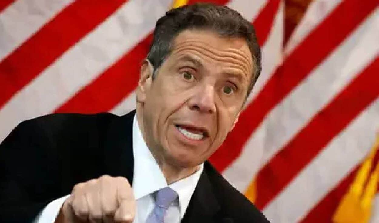 New York Governor charged with sexual harassment