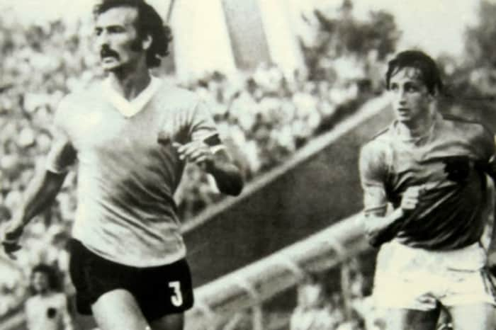 Uruguayan Soccer Player Juan Masnik Dies At 77