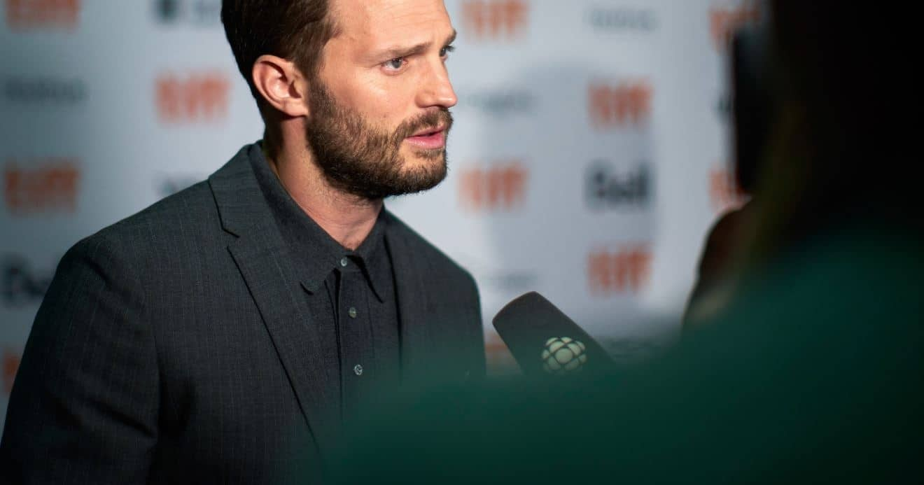 Actor Jamie Dornan's Father Dies Of COVID-19