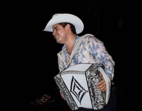 Brother Of Singer Alfredo Olivas And His Family Are Killed In Zapopan