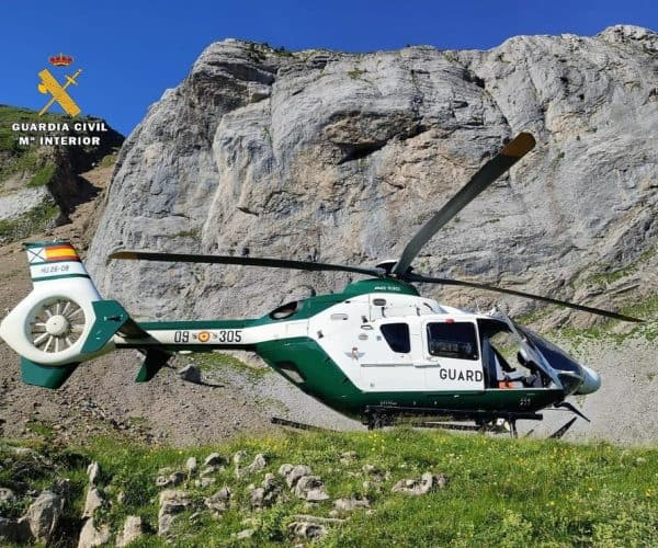 A mountaineer From Zaragoza In France Dies After Falling Down a 40-meter Slope